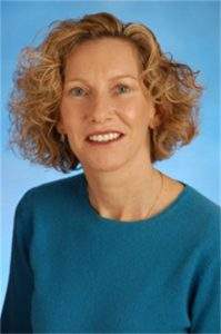 Bio headshot for Francine Grevin, PsyD | Teen Therapist & Child Therapist | Walnut Creek, CA 94596
